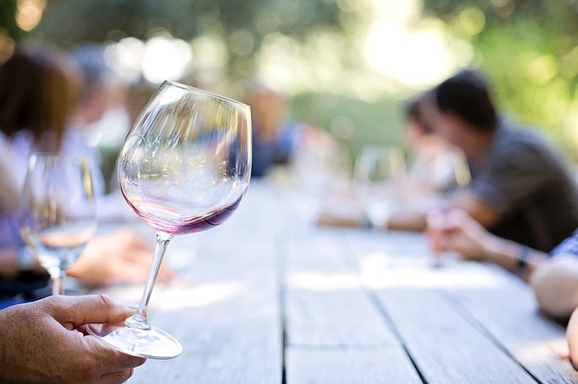 What to know about wine tasting?
